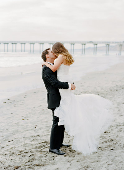 nuptials_toes_in_sand