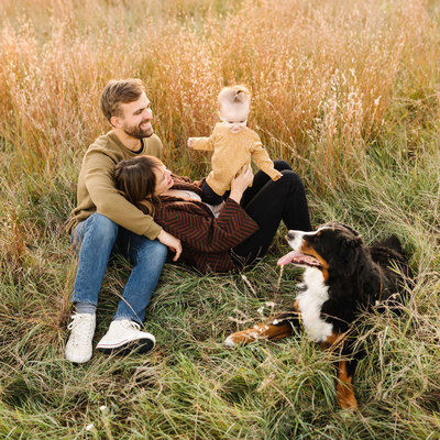 Blaine-Minnesota-Fall-Family-Portrait-Session-Field-Photography