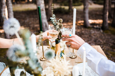 Outdoor wedding elopement flowers tablescape