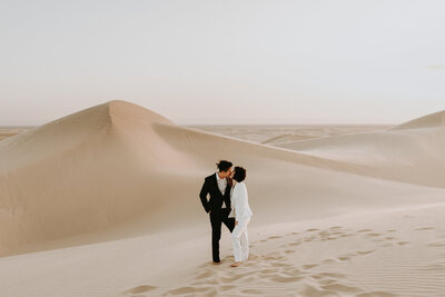 Connie+Kenney+Glamis+Sand+Dunes+Engagement+Lauren+Mihae+Photography-80