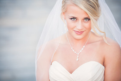 Bride with stunning eyes