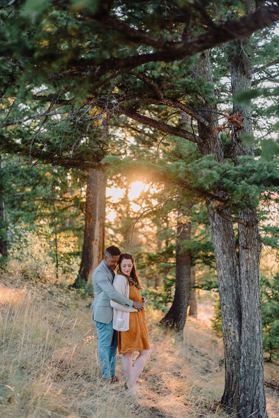 romantic mountain engagements at golden hour