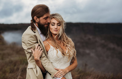 Elopements our my jam ! Mountain elopement ? Beach  Elopement? Europe elopement ?  Tell me more !!