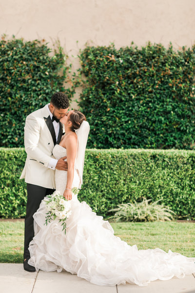Ebell_Los_Angeles_Malcolm_Smith_NFL_Navy_Brass_Wedding_Valorie_Darling_Photography - 105 of 122