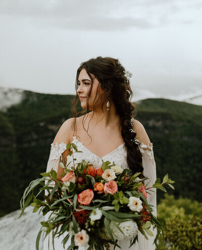 wildy-in-love-mountain-top-elopement-north-carolina-elopment-daci-gowns-elopement-cliff-side-wedding-emily-battles-photography-236