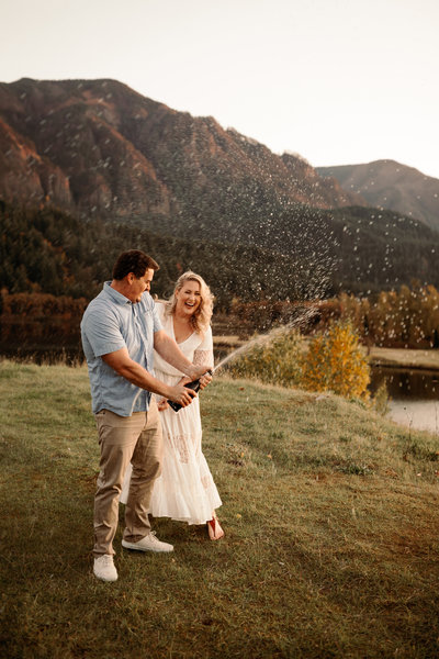 EMILY VANDEHEY PHOTOGRAPHY -- Amy + Brennan -- Anniversary -- Columbia River Gorge -- Previews-14