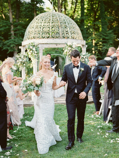 Lyndhurst-Mansion-Hudson-Valley-wedding-Stephanie-Brauer