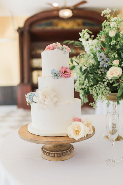 Lynwood Estate - Luxury Kentucky Wedding Venue - Fine Art Wedding Details 00036
