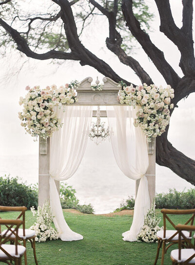 Wedding -arbor-Andaz-Maui-wedding- designs-by-hemignway
