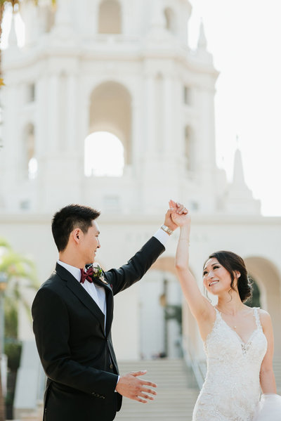Bride-Groom-Dancing-Pasadena-City-Hall