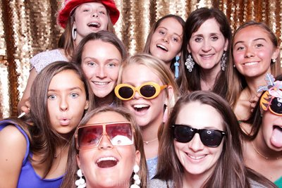 Graduation-photo-booth-philly