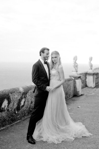 067_Villa_Cimbrone_Amalfi_Coast_Luxury_Wedding_Photographer (67 von 101)_Flora and Grace is a luxury wedding photographer at the Amalfi Coast. Discover their elegant and stylish photography work at the Villa Cimbrone.