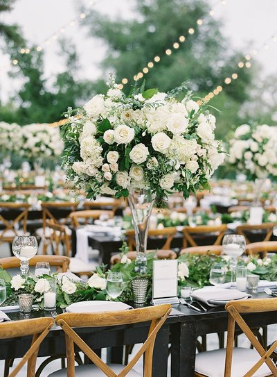 Posh Peony Newhall Mansion Piru Lush White Floral and Greenery Wedding_0018