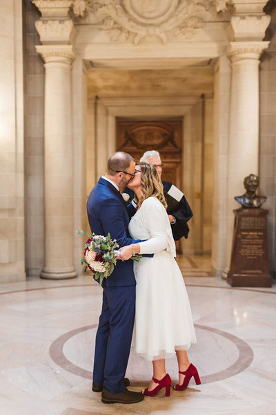 rotunda-ceremony-first-kiss-city-hall