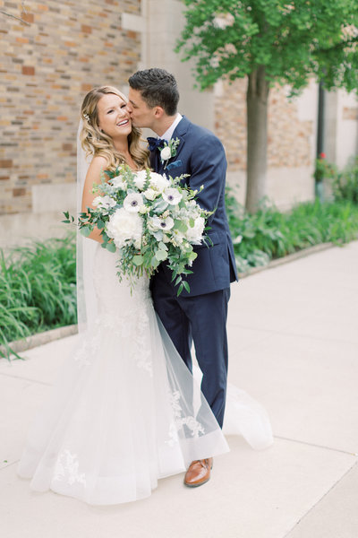 Minnesota Wedding Photographer Kendra Denault Photography