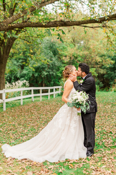 st-paul-wedding-photographer-fall-wedding