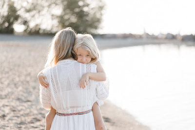 beautiful-family-of-five-session-at-the-beach-6
