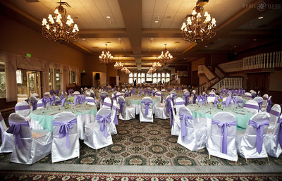 Beautiful-Ballroom-Wedding-Reception-in-North-Denver-CO-Stonebrook-Manor