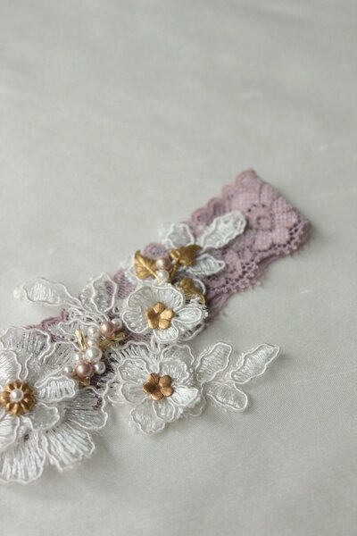 Custom garter dusty mauve with lace applique beading and gold elements 4