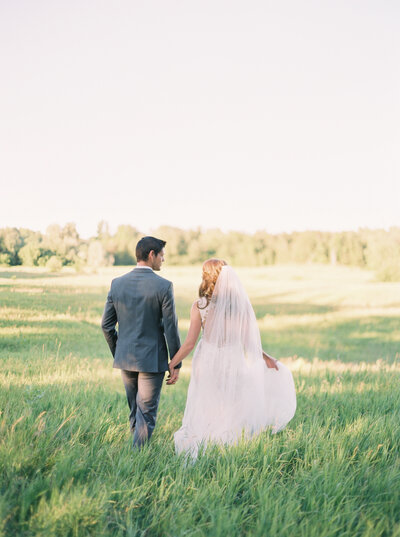 Scotsdale Farm Wedding session in Georgetown, Ontario