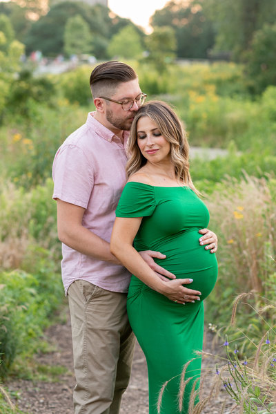 Los Angeles Maternity Pictures Mom green dress