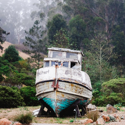Picture of wrecked boat in Northern California