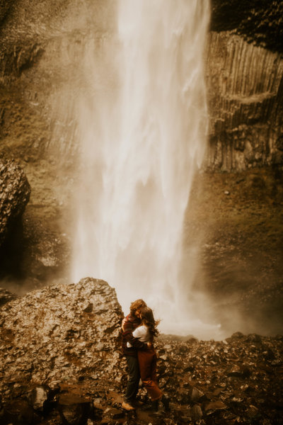 Latourell Falls | Kayla and Gus Adventurous Beloved Session | Portland, Oregon | Phoenix Wedding and Elopement Photographer138