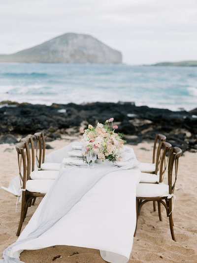 Hawaii beach table top- hemingway