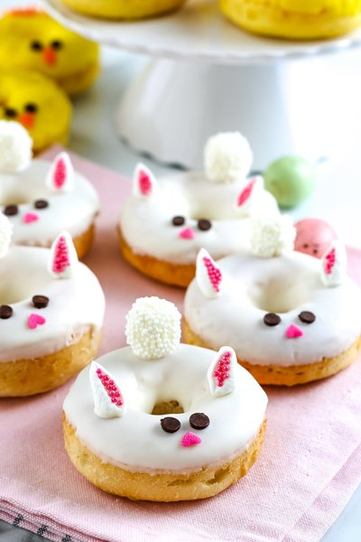 Easter-Chick-Donuts