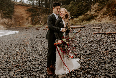 Hug Point Elopement in Oregon