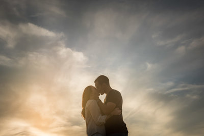 engagement-sunset-silhouette