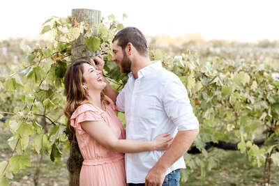 minneapolis-vineyard-engagement-photos-where-to-take-alexandra-robyn-photo_0011