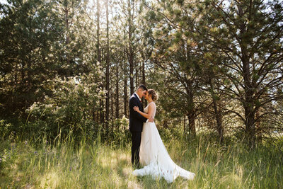 Couple in forrest at Swiftwater Cellars by Seattle Wedding Photographer Sarah Anne Photo