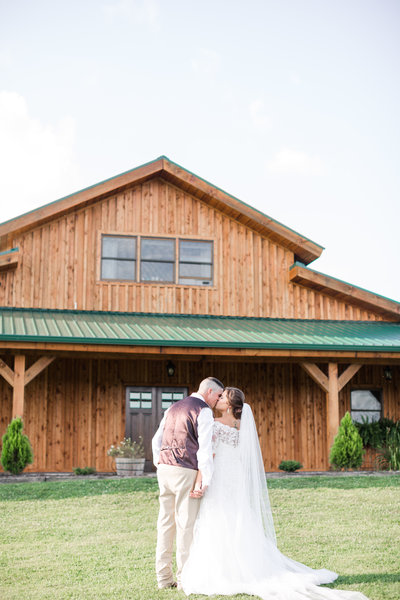 Middlefork Barn Red & Sunflower Wedding-110