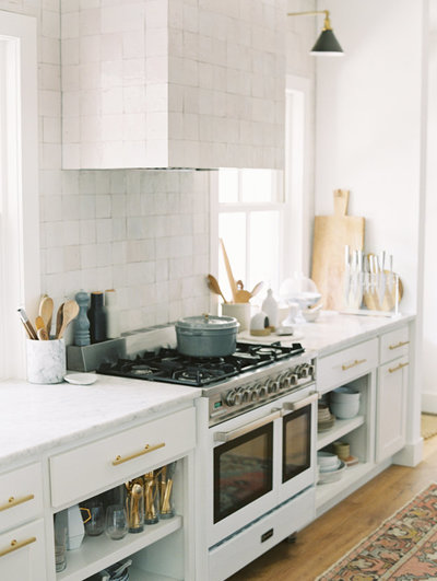 white-stove-kitchen