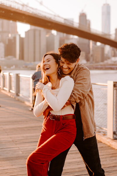 Brooklyn Bridge Park Golden Hour Couples Session by Kara McCurdy-18