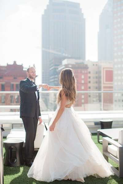 The Metropolitan at the 9 Rooftop Wedding Marissa Decker Photography