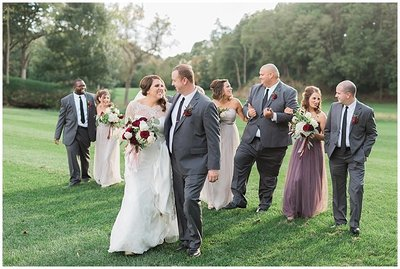Omaha-and-Lincoln-Nebraska-Wedding-planner-and-burgundy-and-blush-florals-by-Lindsay-Elizabeth-Events16