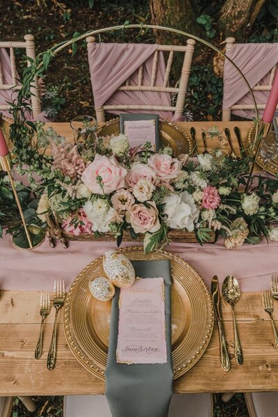 Whimsical woodland wedding (9)