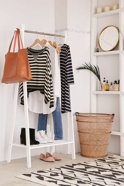 wooden-clothing-rack
