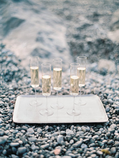 SOJOURN ICELAND CHAMPAGNE PICNIC