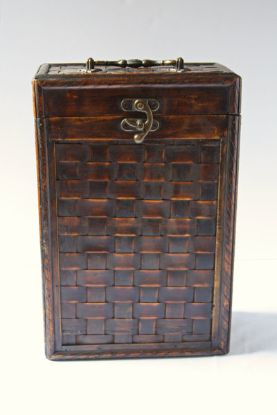 01013_Wooden Thatched Card Box
