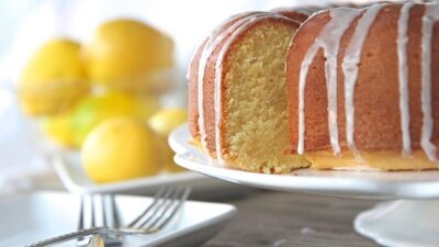 from-scratch-lemon-pound-cake-750x422