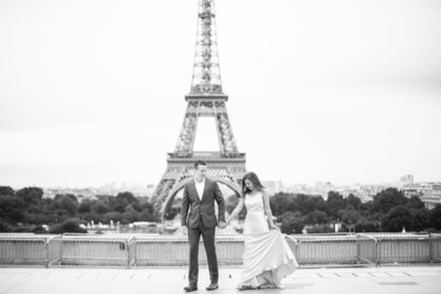 eiffel-tower-anniversary-session-1