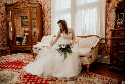 chicago-wedding-photographer-mansion-elegant-bride