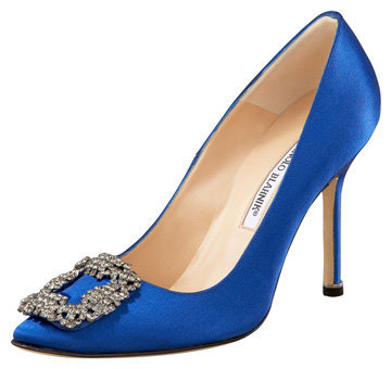 manolo_blahnik_something_blue_satin_pumps