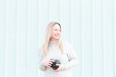 Danielle is a Milwaukee Wedding Photographer and Videographer