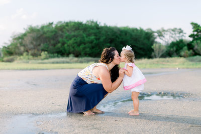 family photo session at butterbean beach in savannah