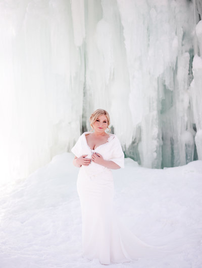 Kelowna Wedding Photograher Winter Bridals by Victoria Blaire
