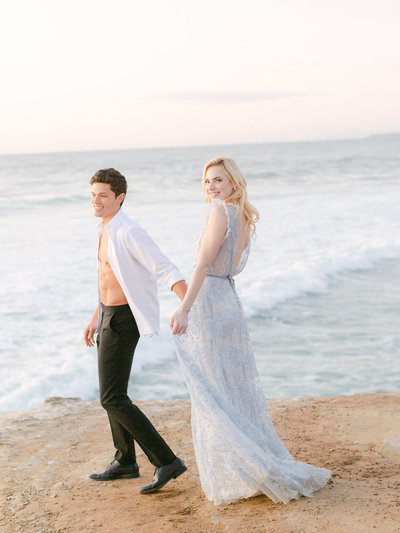 FACEBOOK-Sunset Cliffs Wedding Photos 528 47